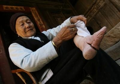 Picioarele unei femei din China